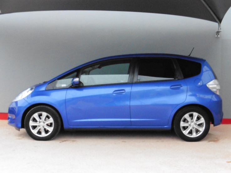 honda jazz Hybrid luxury